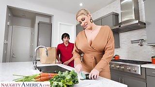Hot mature mom Ryan Keely bangs tweak 19 yo stepson in an obstacle kitchen