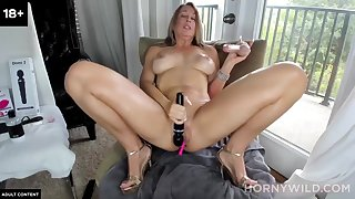 Mom Kitty Pumping Dildo Shag - Amateur Coition