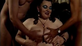 German BBW Granny talks dirty and gets fisted - Molly luft