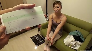 Epigrammatic heart of hearts cutie from Japan drops more than her knees to suck a dick