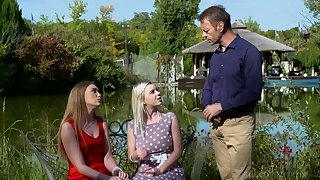 Rocco Siffredi fucks two sexually compulsive chick and cums on their faces