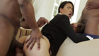 Thai MUMMY with a taut bod demolished close by an multiracial MMF
