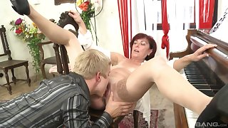 Matured gets laid with much younger guy together with swallows his juice