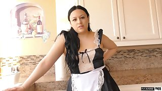 Thicc maid tries her blandishment skills on her boss with an increment of that babe loves sex